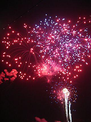Fireworks in Old Sacramento Waterfront Credit Barbara Steinberg