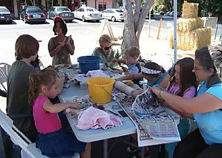Arts and Crafts Credit Fun Family Farm Days