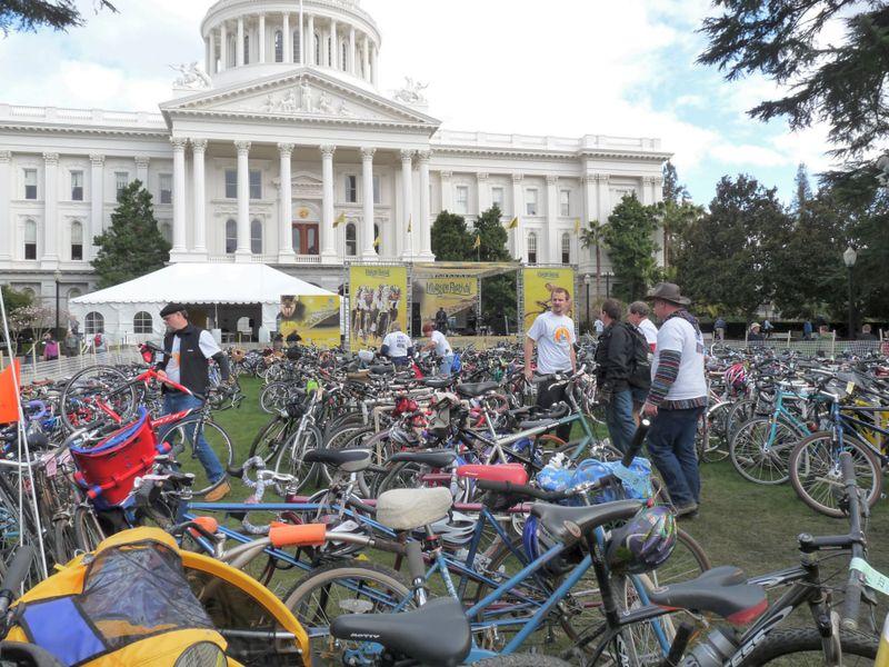 Sacramento Tour of California Bike Valet Credit Barbara Steinberg 2009 1