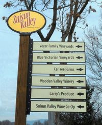 Fairfield Suisun Valley Ag Wayfarer Signs Credit Barbara Ste