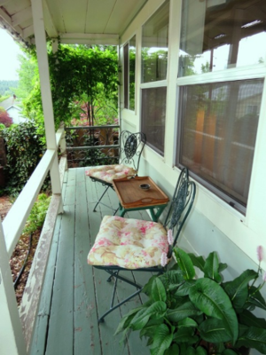 Adas Place West Wing Cottage porch Quincy California Credit Barbara L. Steinberg 2014tm