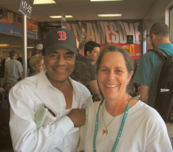 Johnny Mathis and Barbara Steinberg 2008 Burbank Airport