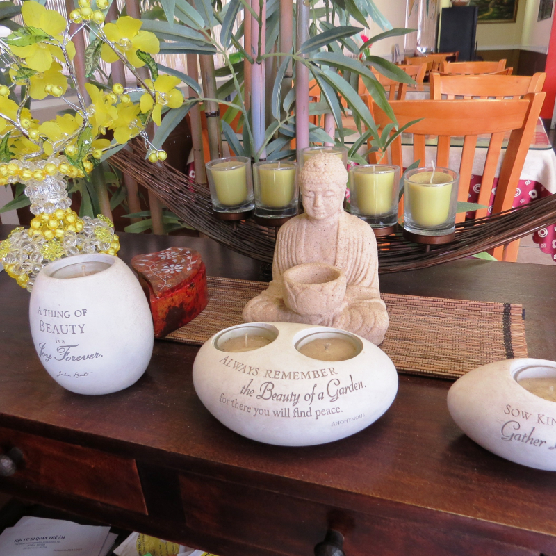2 Bodhi Bowl Vegan Restaurant Credit www.AreYouThatWoman.com